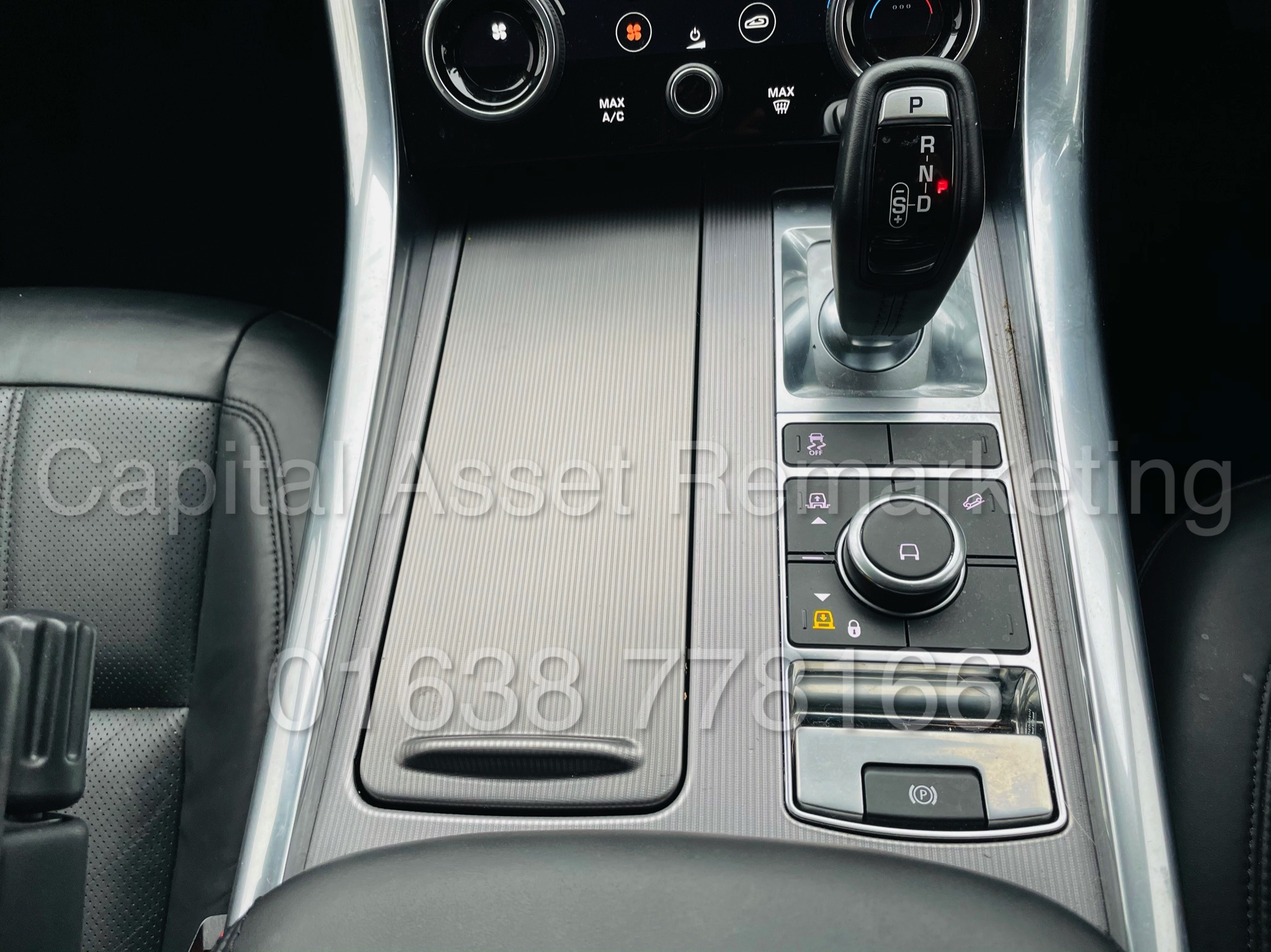 RANGE ROVER SPORT *HSE EDITION* SUV (2019 MODEL) '3.0 SDV6 - 306 BHP - 8 SPEED AUTO' *FULLY LOADED* - Image 52 of 56
