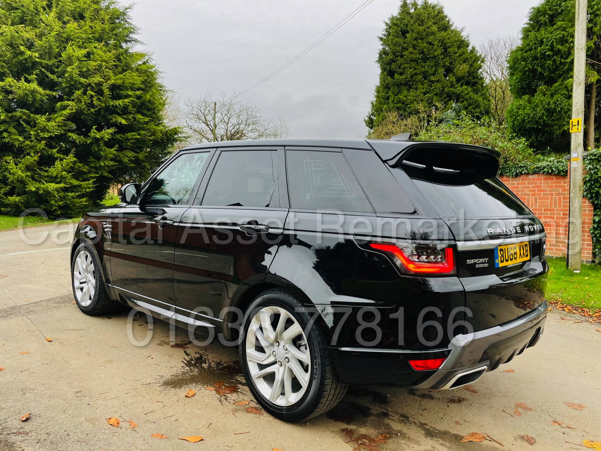 RANGE ROVER SPORT *HSE EDITION* SUV (2019 MODEL) '3.0 SDV6 - 306 BHP - 8 SPEED AUTO' *FULLY LOADED* - Image 9 of 56
