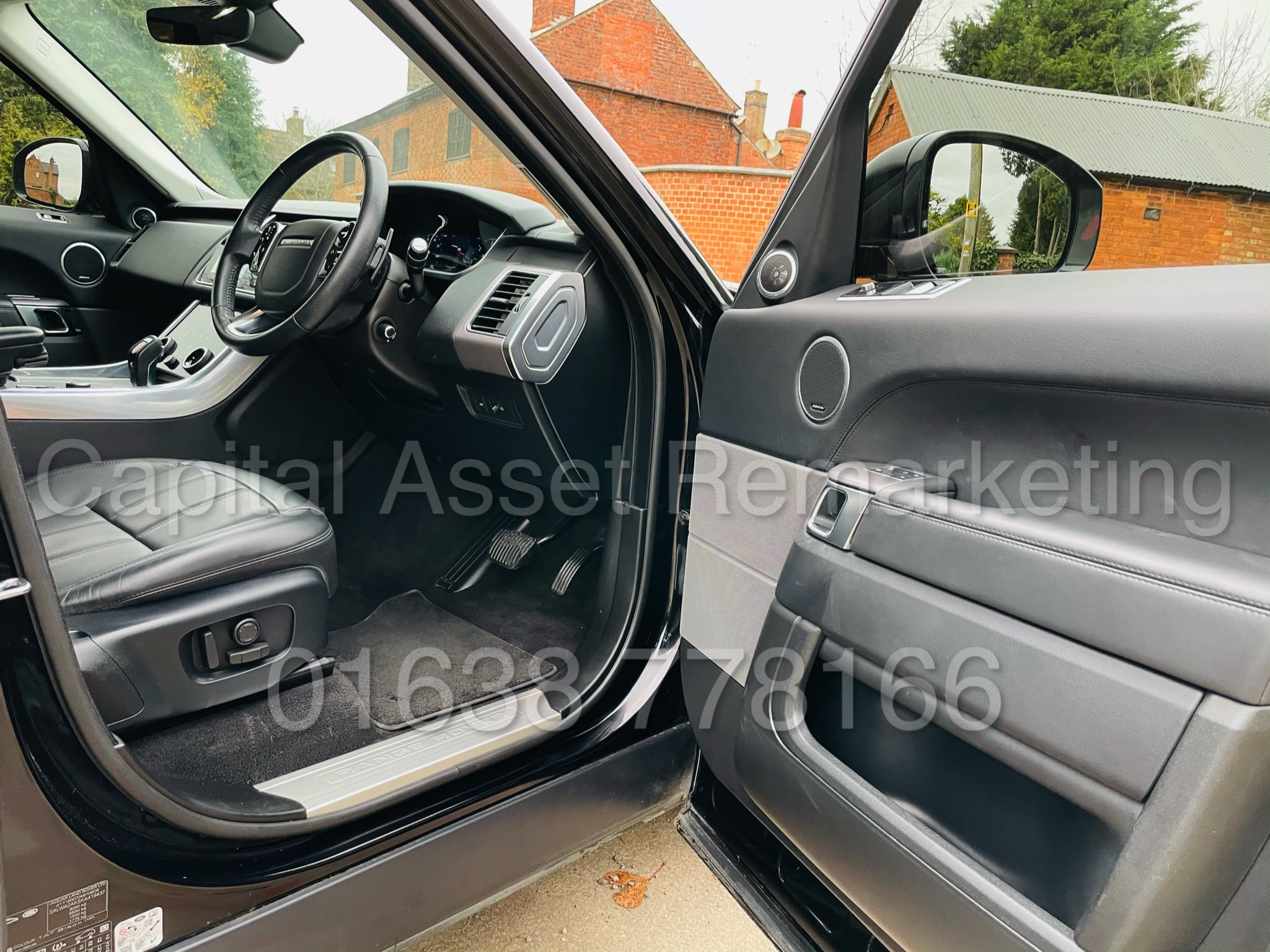 RANGE ROVER SPORT *HSE EDITION* SUV (2019 MODEL) '3.0 SDV6 - 306 BHP - 8 SPEED AUTO' *FULLY LOADED* - Image 36 of 56
