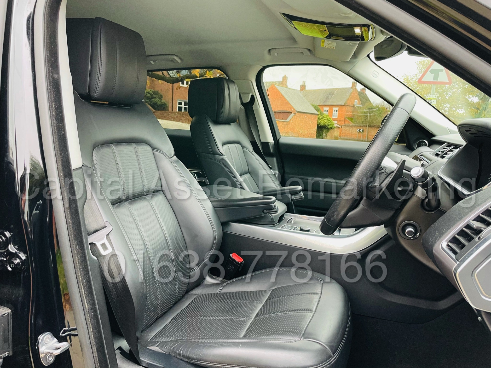 RANGE ROVER SPORT *HSE EDITION* SUV (2019 MODEL) '3.0 SDV6 - 306 BHP - 8 SPEED AUTO' *FULLY LOADED* - Image 40 of 56