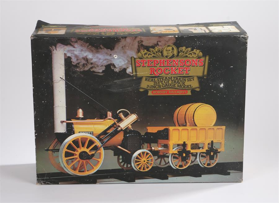 Lot 28 - Hornby Railways Stephenson Rocket train set, 3 1/2 inch gauge model with 25 feet of track, housed in