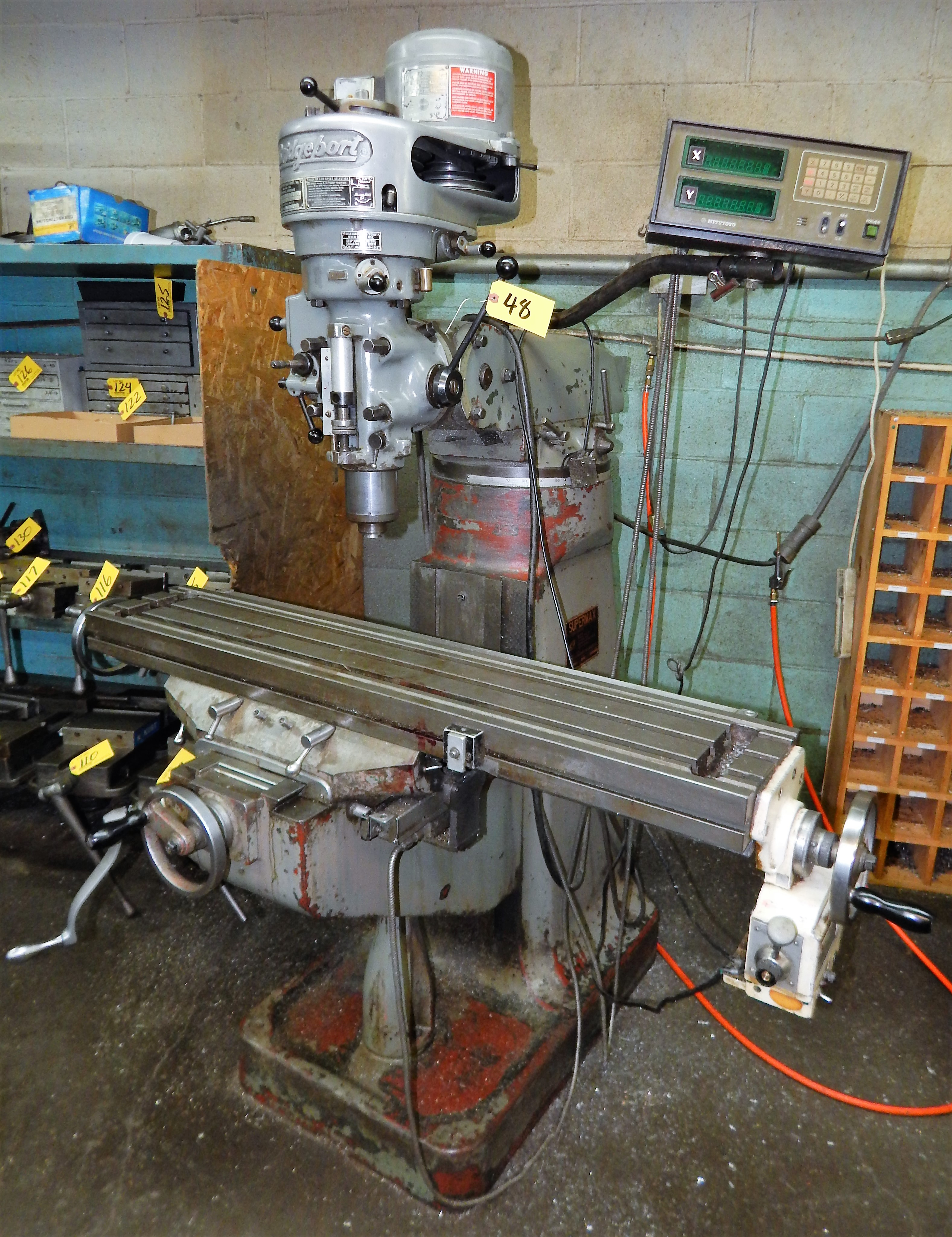 BRIDGEPORT/SUPERMAX VERTICAL MILLING MACHINE, 1HP, 80-2720 RPM