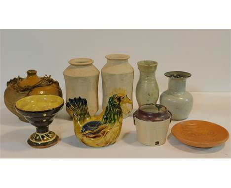 A miscellaneous collection of studio pottery, various jars, a bowl, ceramic chicken and a stoneware bottle flask. H.23cm (tal