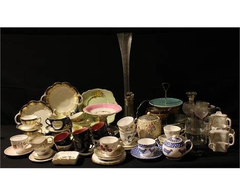 Ceramics and Glass - early 20th century and later teaware including Royal Grafton, Susie Cooper, Coalport, etc; a Royal Winto