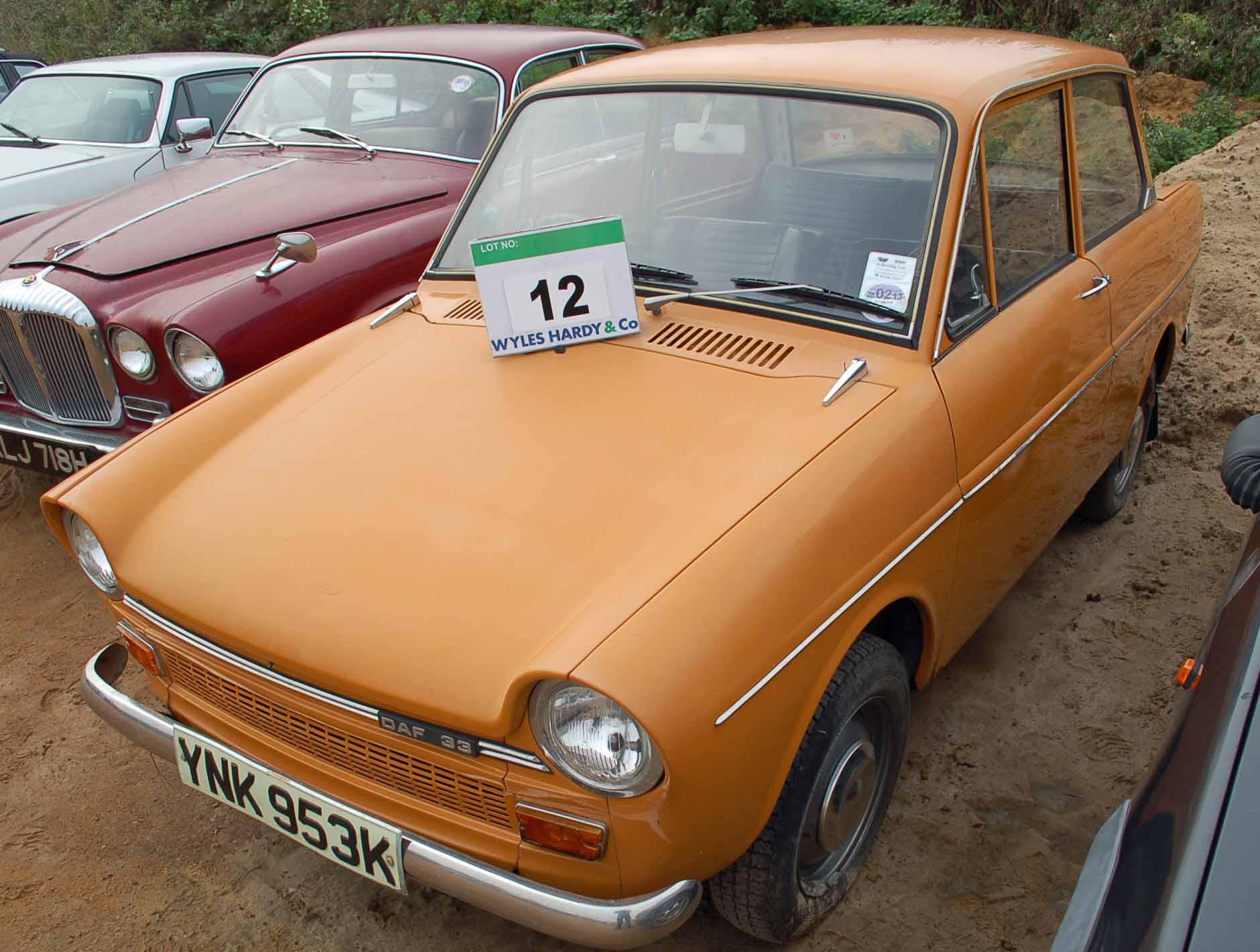 Lot 12 - A DAF 33 750cc Deluxe Hatchback, Registration No. YNK 953K, First Registered: 19/11/1971, Recorded