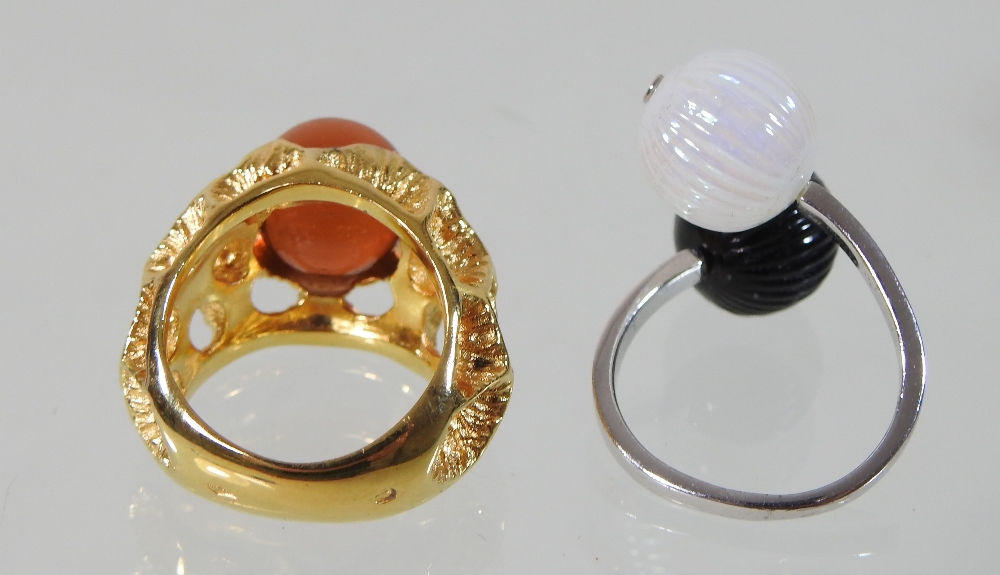 A modern Lalique silver and two colour glass ring, of crossover design, - Image 5 of 5