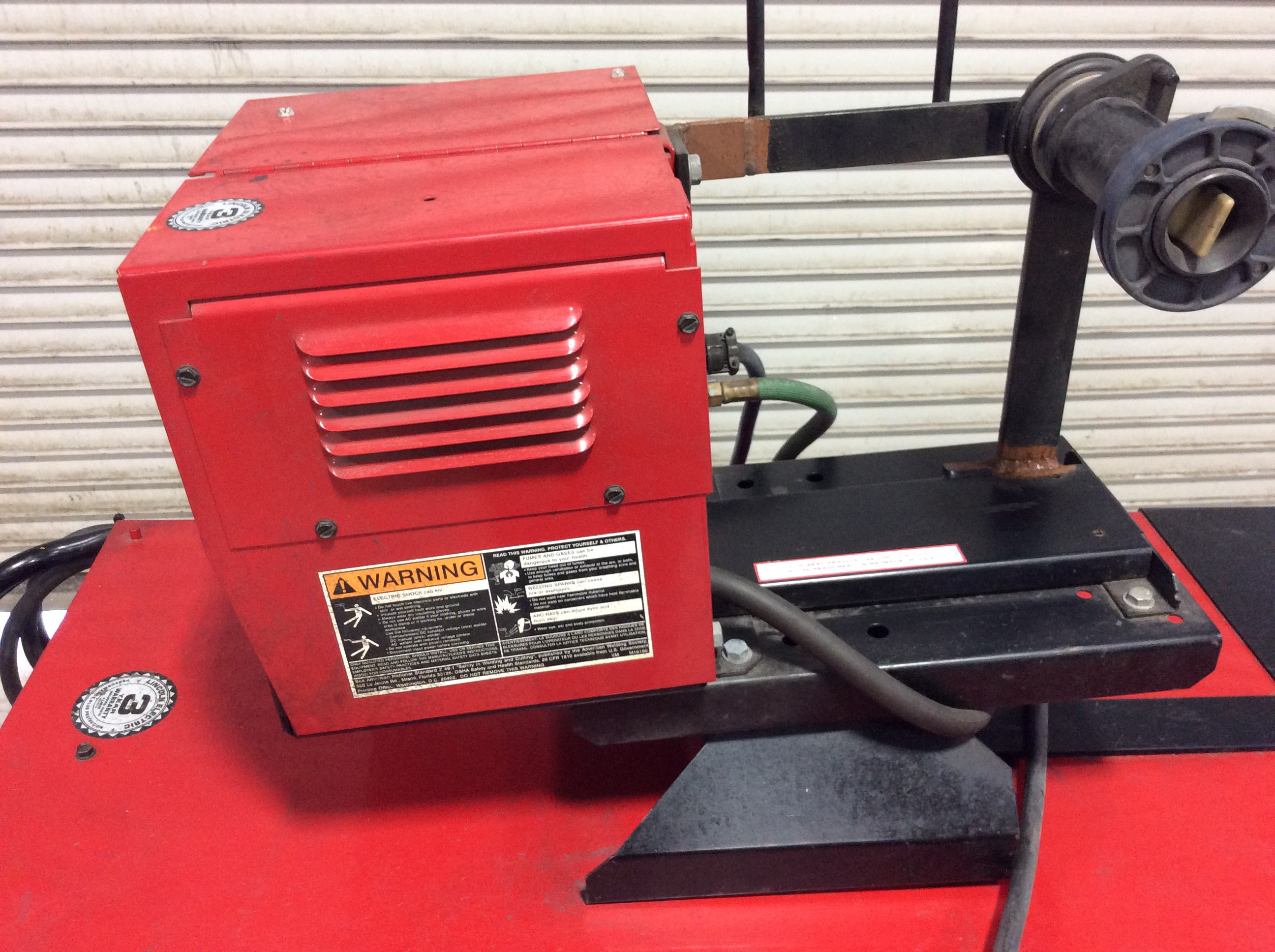 Lincoln Electric DC600 Welder w/ Lincoln Electric LN-7 GMA ...