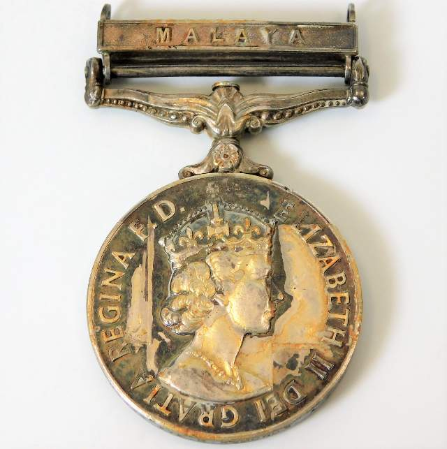 Lot 116 - A QEII Malaya medal awarded to 21187322 Pte. C. Sy