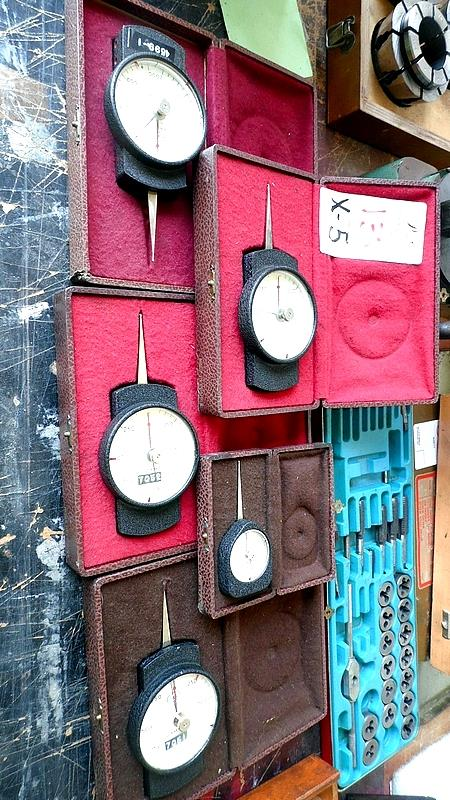 Lot 13 - ASSORTED CARPO TEST GAGES