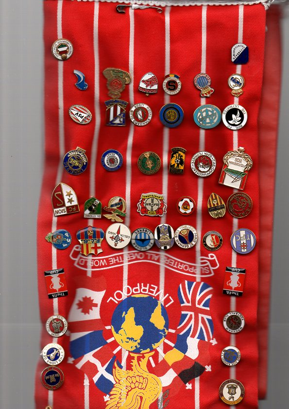 Football Badges: 95 football pin badges on a Liverpool 1980s