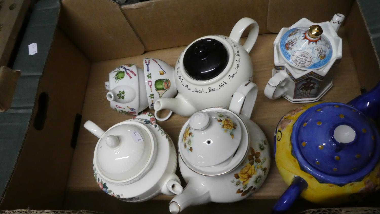 Lot 335 - A Box Containing Six Various Teapots Including Sadler Elizabeth I