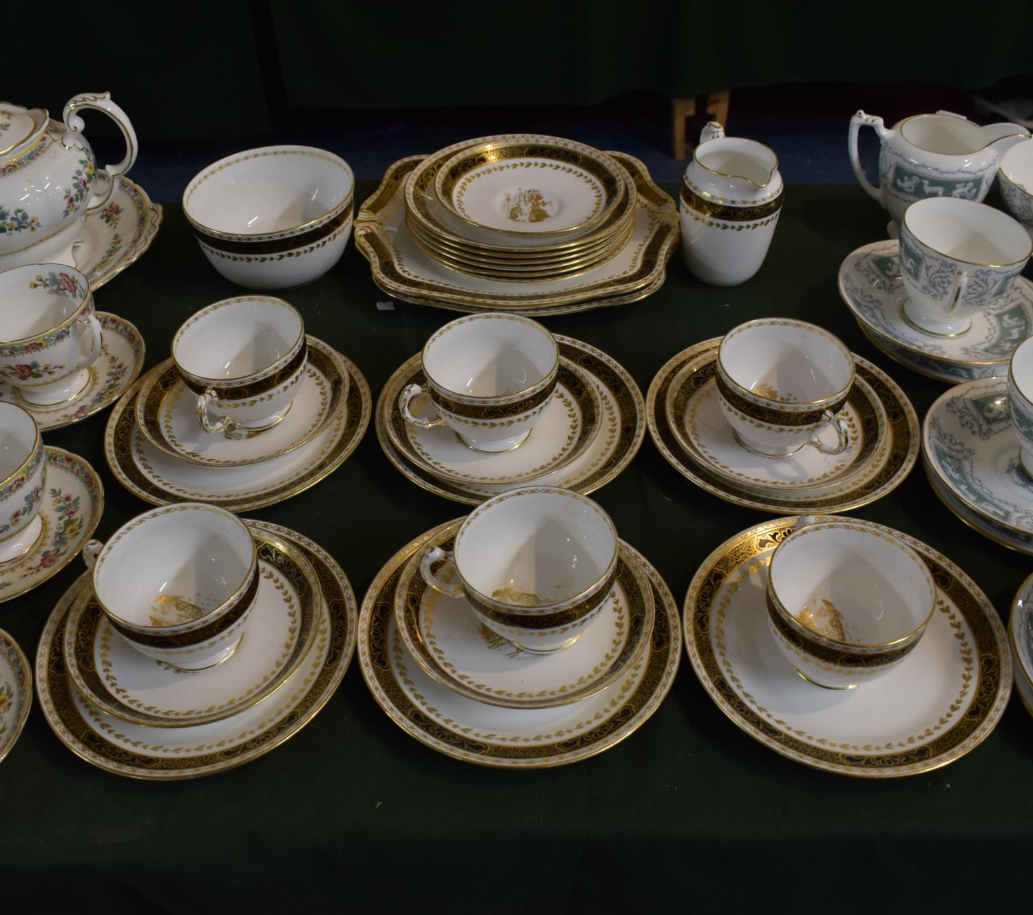 Lot 225 - A Collection of Tuscan Fisherman Pattern Teawares to Include Six Trios, Six Side Plates, Two Cake