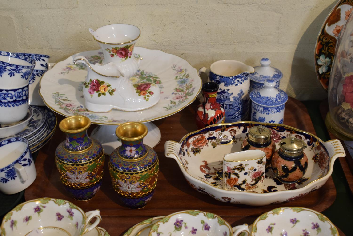 Lot 191 - A Tray Containing Various Ceramics to Include Masons Mandalay, Aynsley Cottage Garden, Spode Blue