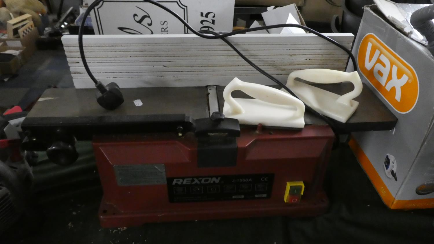 Lot 398 - A Rexon J1560A Electric Planing Machine