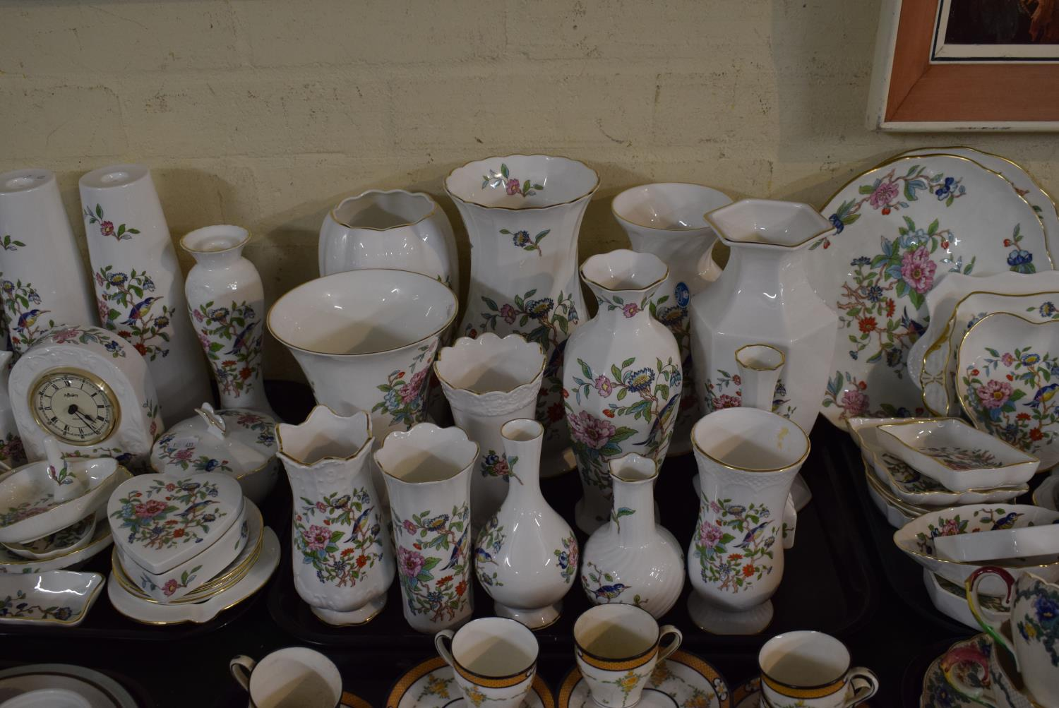 Lot 211 - A Collection of Thirteen Aynsley Pembroke Pattern Vases