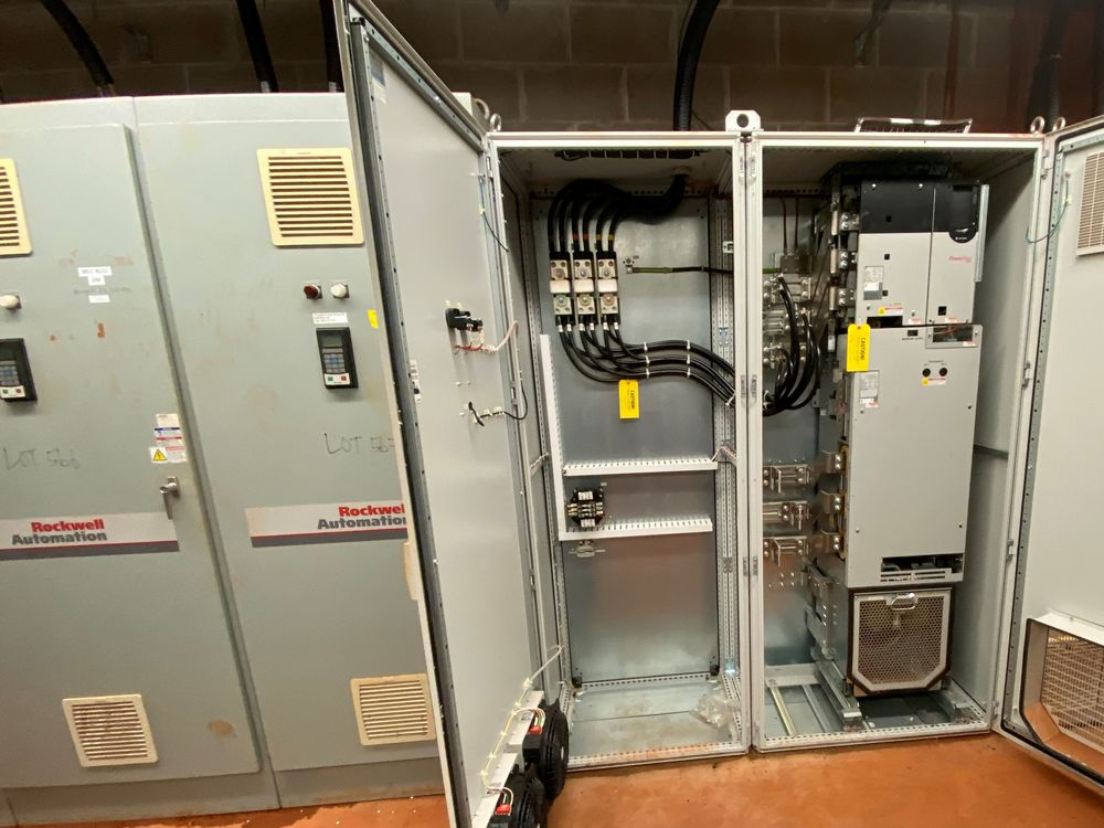 AB Rockwell 8 Section VFD Bank (includes panels 560a to 560h) - Image 10 of 10