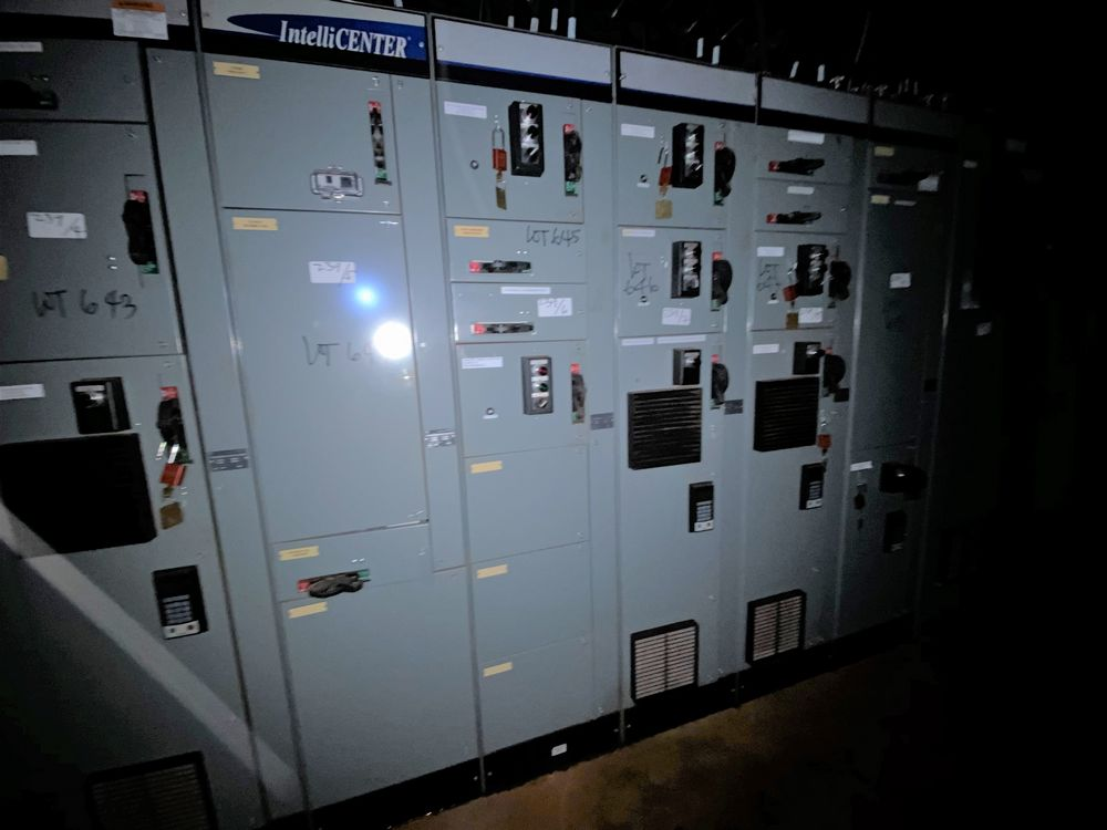 Allen Bradley 10 Section MCC (includes panels 639a to 639j) - Image 6 of 10