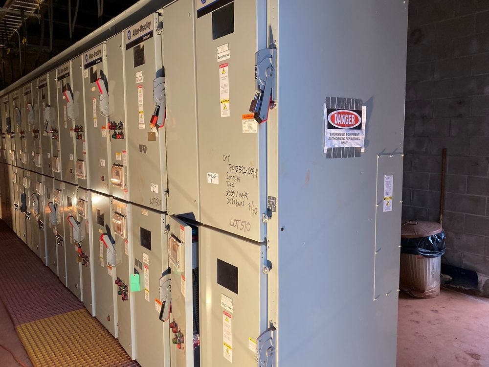 GE Medium voltage switchgear system (includes panels 500a to 500j) - Image 13 of 13