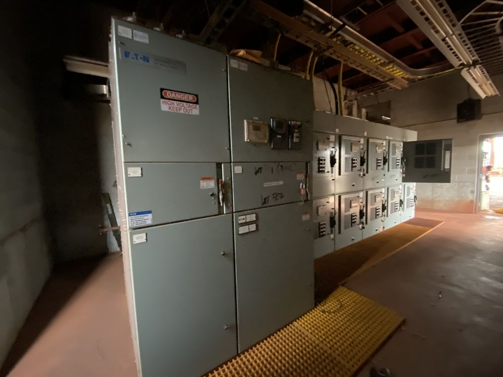 Medium voltage MCC Transformer Feed System (includes panels 701a to 701f)