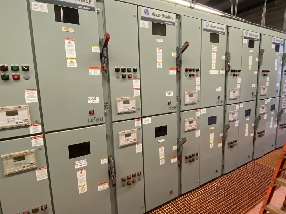 GE Medium voltage switchgear system (includes panels 500a to 500j) - Image 2 of 13