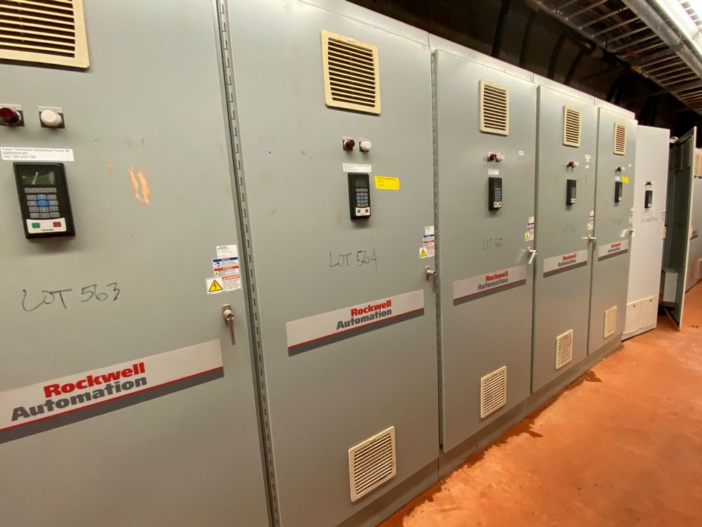 AB Rockwell 8 Section VFD Bank (includes panels 560a to 560h) - Image 5 of 10