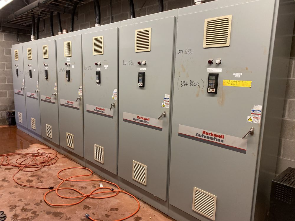 AB/Rockwell Automation 7 Section VFD Bank (includes panels 584a to 584g)