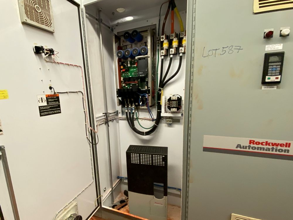 AB/Rockwell Automation 7 Section VFD Bank (includes panels 584a to 584g) - Image 5 of 8