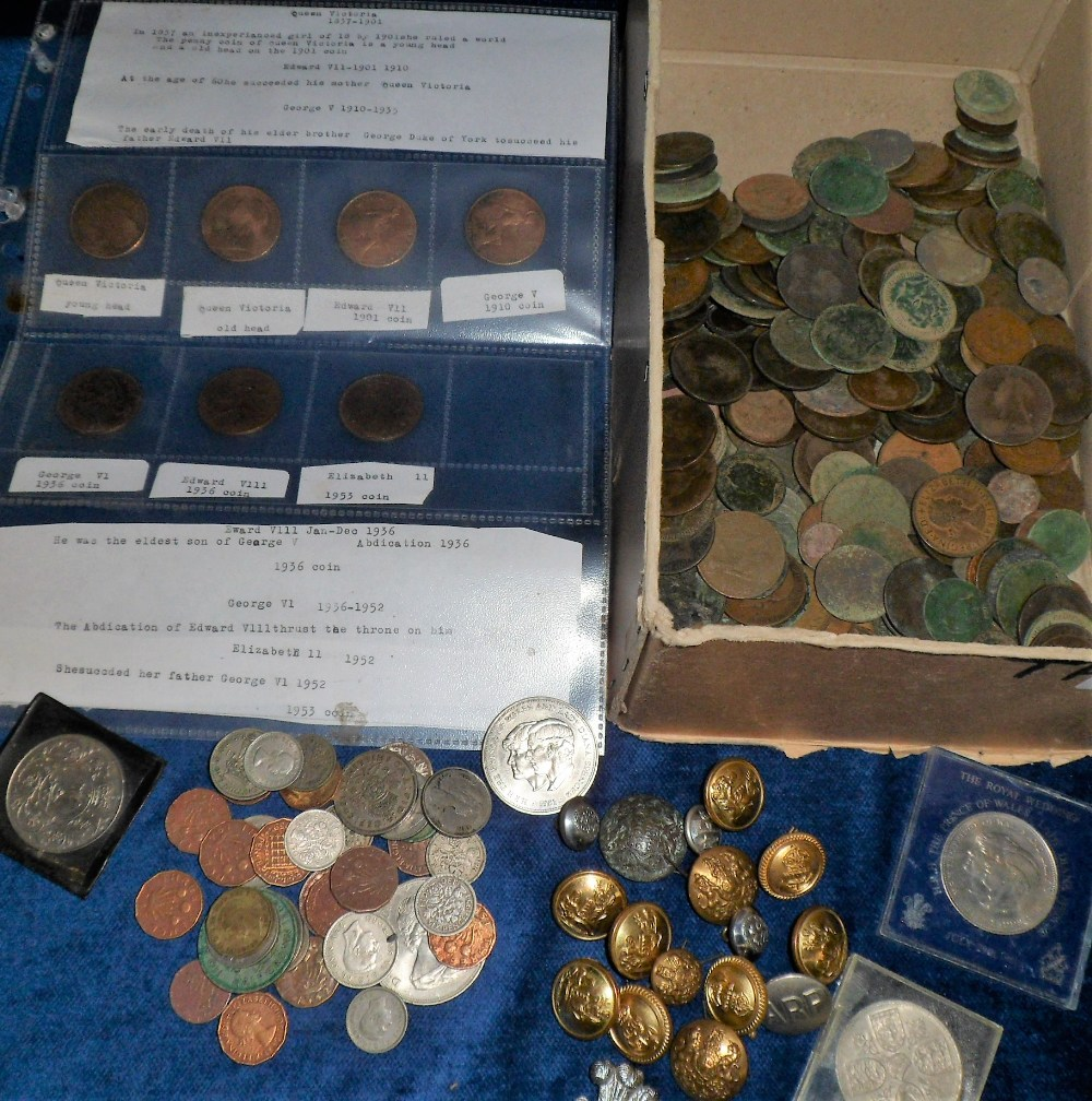 Lot 43 - Coins etc, box of GB coins, mostly Bronze, inc. pennies, halfpennies etc, also one or two silver