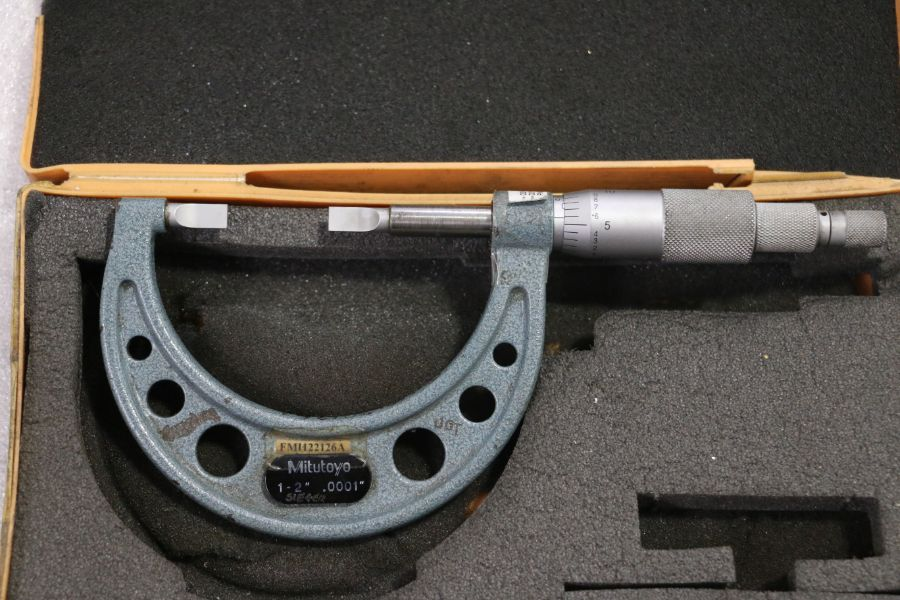 "Lot 42 - Mitutoyo 1"" - 2"" Blade Micrometer"