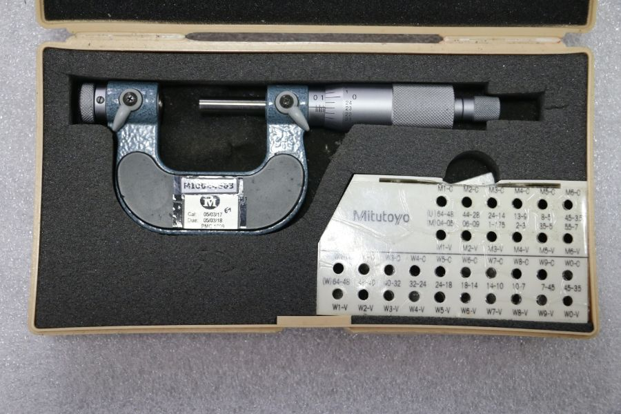 "Lot 23 - Mitutoyo 0"" - 1"" Pitch Micrometer"