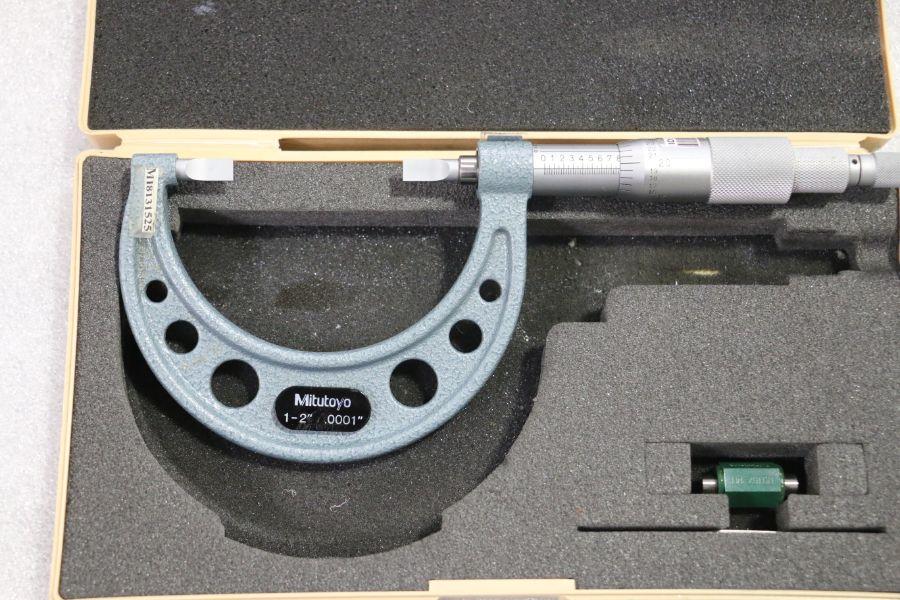"Lot 41 - Mitutoyo 1"" - 2"" Blade Micrometer"