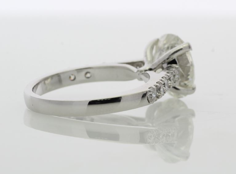 Lot 11 - 18ct White Gold Single Stone Prong Set With Stone Set Shoulders Diamond Ring 3.15