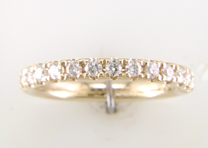 Lot 3 - 18ct Yellow Gold Claw Set Semi Eternity Diamond Ring 0.38