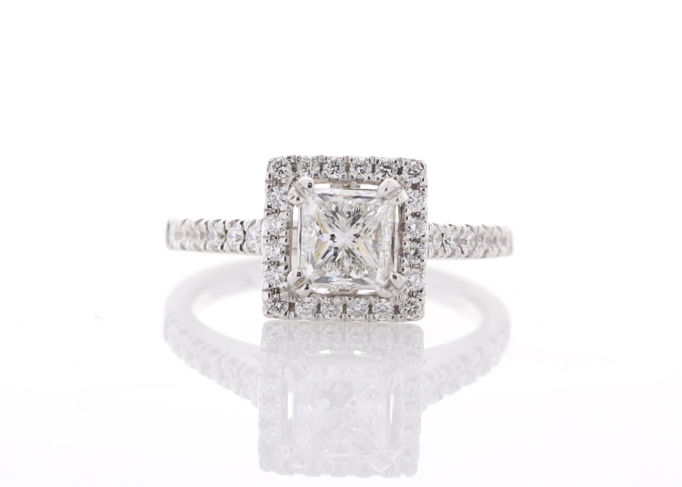 Lot 12 - 18ct White Gold Single Stone Princess Cut Diamond Ring (1.00) 1.34