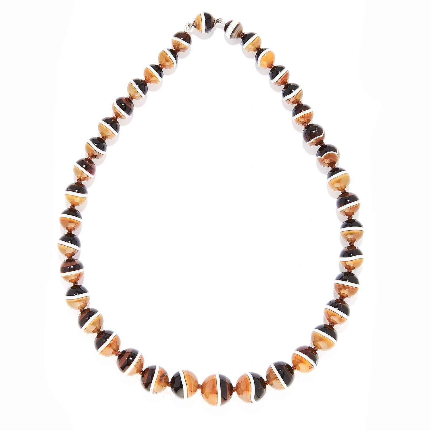 BANDED AGATE BEAD NECKLACE comprising of a single row of a single row of banded agate beads