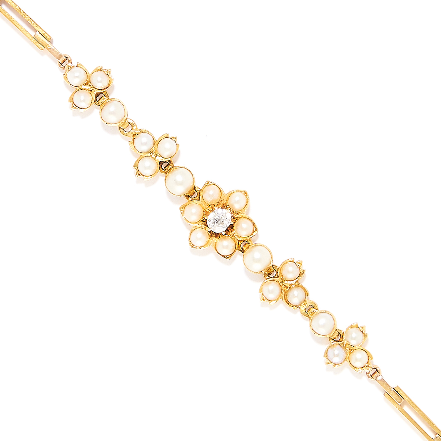ANTIQUE SEED PEARL AND DIAMOND BRACELET in high carat yellow gold, in foliate motif set with seed - Bild 2 aus 2