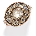 ANTIQUE DIAMOND RING, 19TH CENTURY in yellow gold, the oval face is set with rose cut diamonds,
