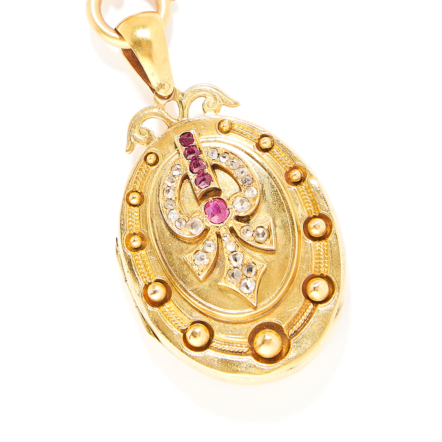 Los 6 - ANTIQUE RUBY AND DIAMOND LOCKET AND CHAIN in high carat yellow gold, the locket is set with rose cut