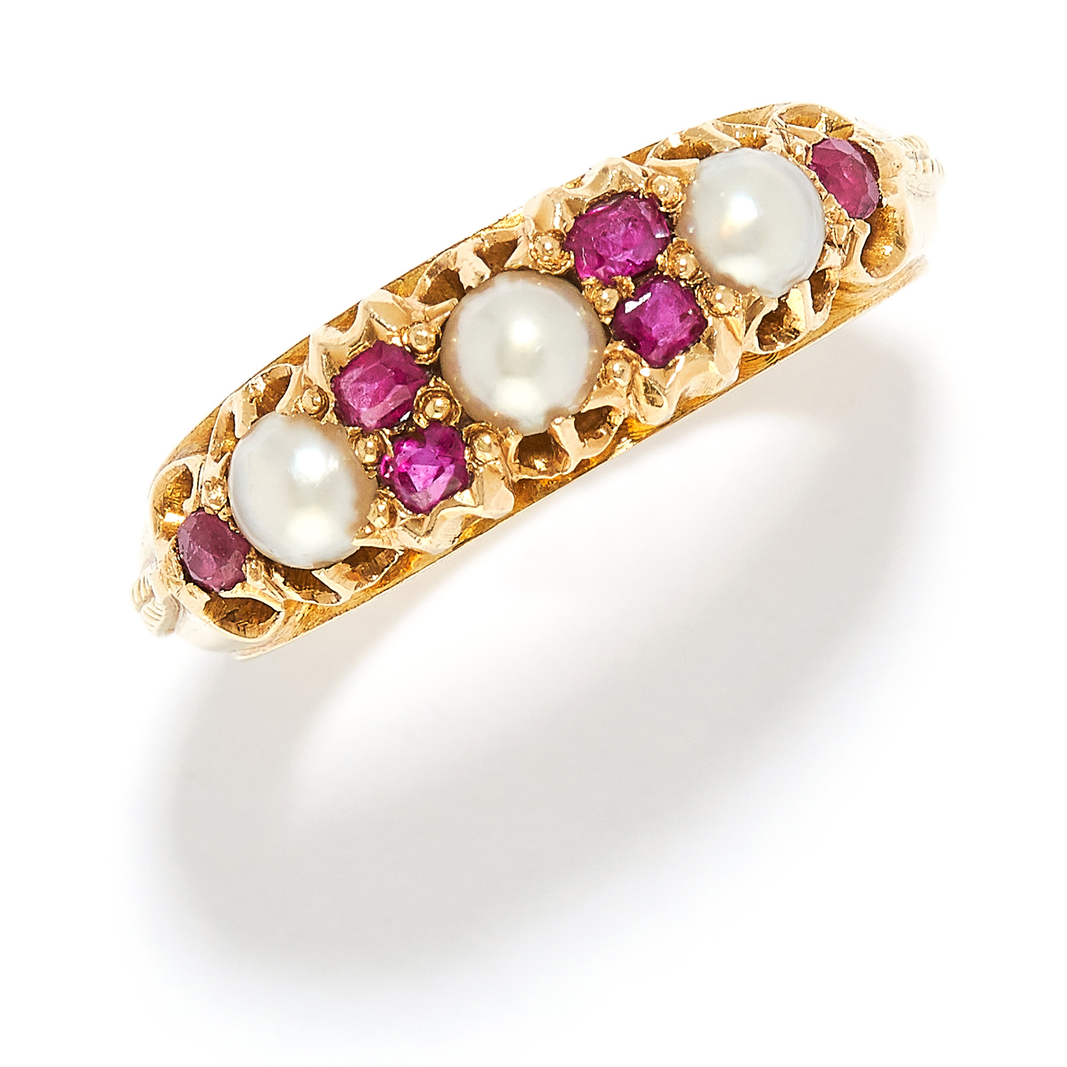 ANTIQUE PEARL AND RUBY RING in 15ct yellow gold, set with alternating seed pearls and cushion cut