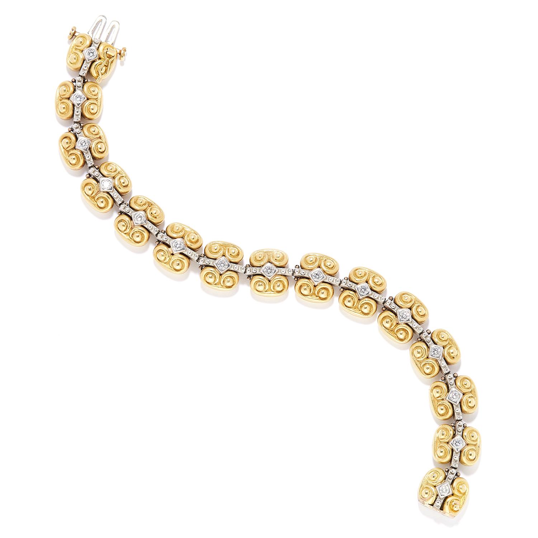 DIAMOND BRACELET, VAHE NALTCHAYAN, 1996 in 18ct yellow gold, set with round cut diamonds on
