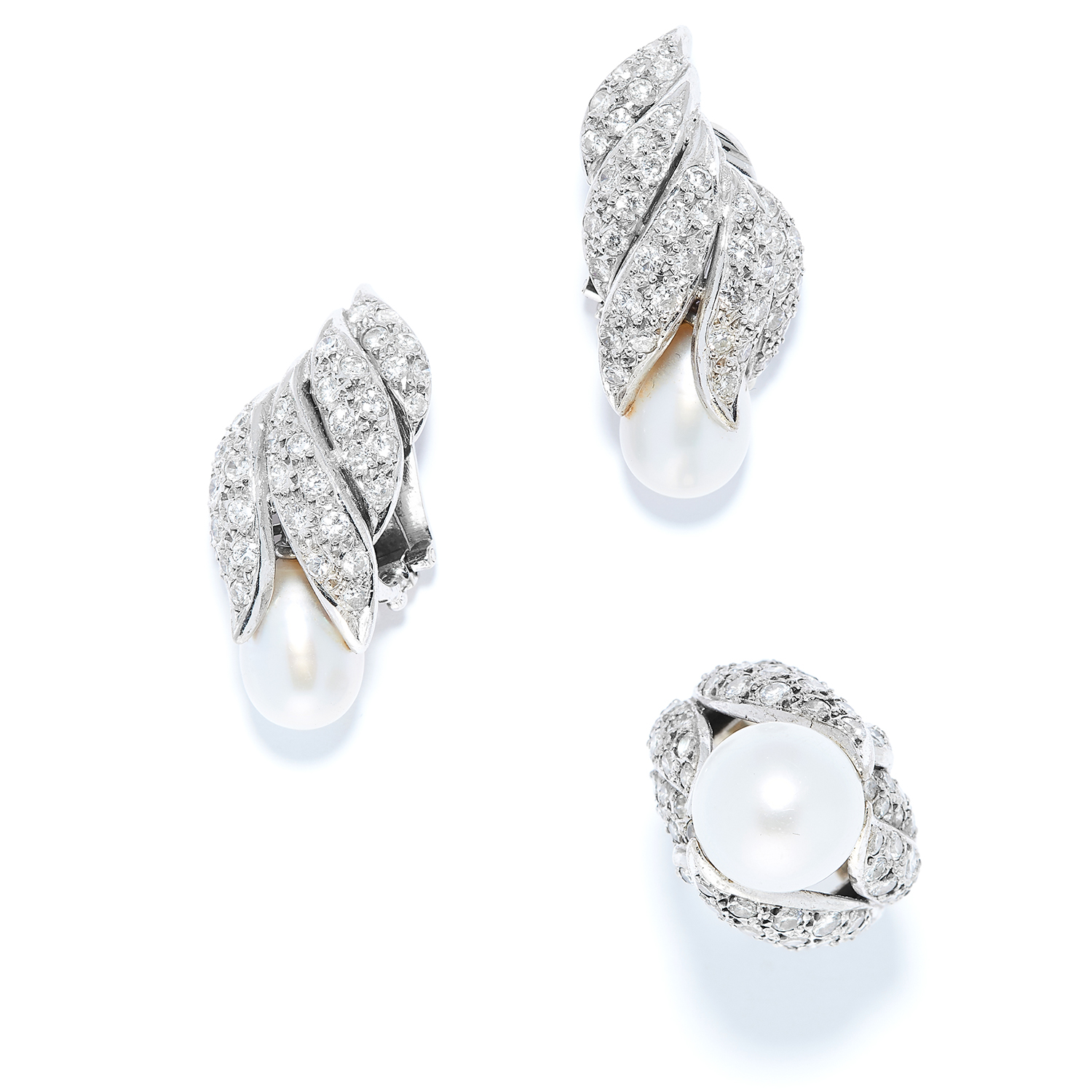 PEARL AND DIAMOND EARRINGS AND RING SUITE, CIRCA 1930 in platinum, each set with a pearl in