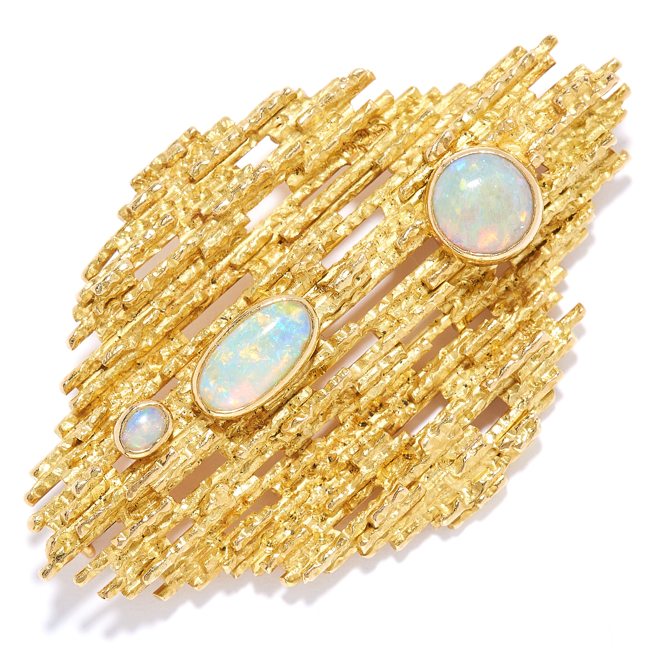 OPAL BROOCH / PENDANT, TIFFANY AND CO, CIRCA 1970 in 18ct yellow gold, in Brutalist style, the