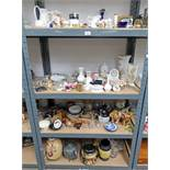 LARGE SELECTION OF PORCELAIN & GLASSWARE INCLUDING VASES, BOWLS,
