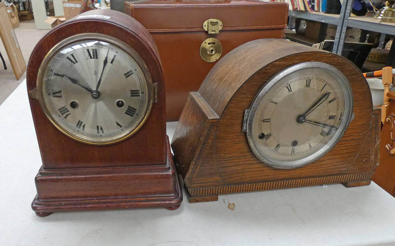 Lot 3040 - OAK WESTMINSTER CHIME MANTLE CLOCK AND MAHOGANY CASED MANTLE CLOCK