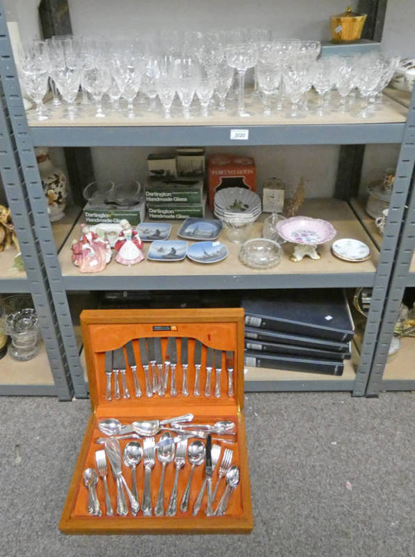 Lot 3020 - 2 ROYAL DOULTON FIGURES : LYDIA & VALERIE, COPENHAGEN DISHES, CANTEEN OF CUTLERY,