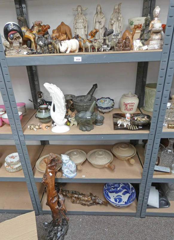 Lot 3029 - LARGE SELECTION OF ORIENTAL FIGURES, 2 HARDSTONE PESTLE & MORTARS,