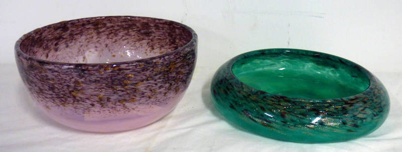 Lot 3047 - MONART PINK & BLACK GLASS BOWL & MONART GREEN & BLACK GLASS,