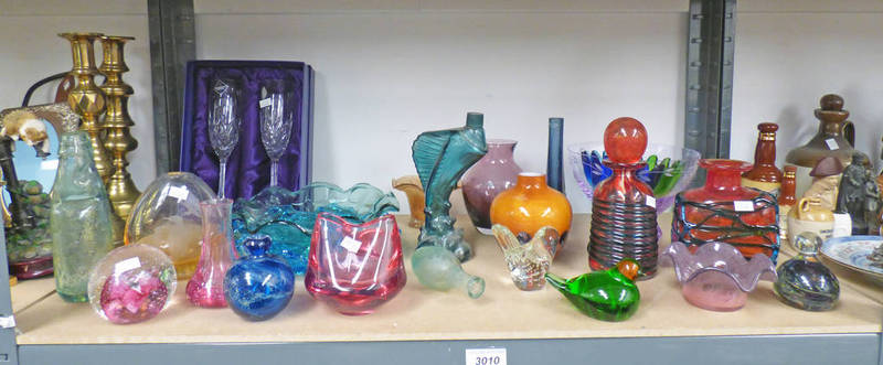 Lot 3010 - SELECTION OF COLOURED ART GLASS INCLUDING CAITHNESS GLASS PAPERWEIGHT & VASES,