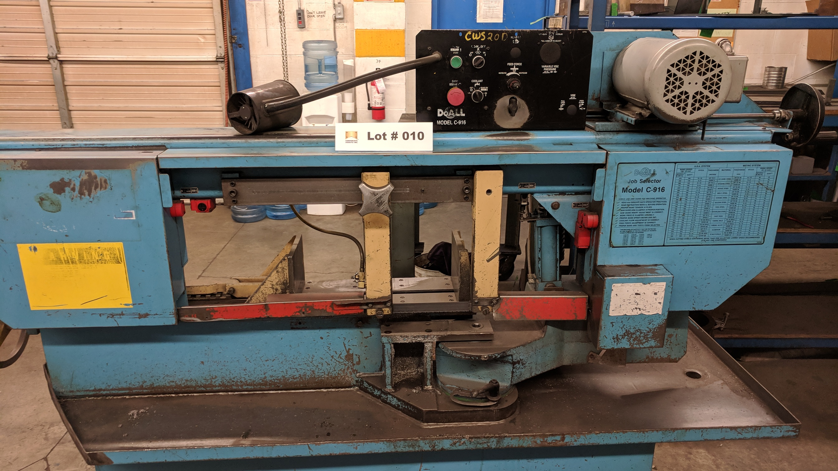 """DOALL C916S 9""""X16"""" METAL CUTTING HORIZONTAL BAND SAW WITH 1"""" X .035"""" X 158"""" BLADE, MITER CAPABILITY, - Image 2 of 7"""