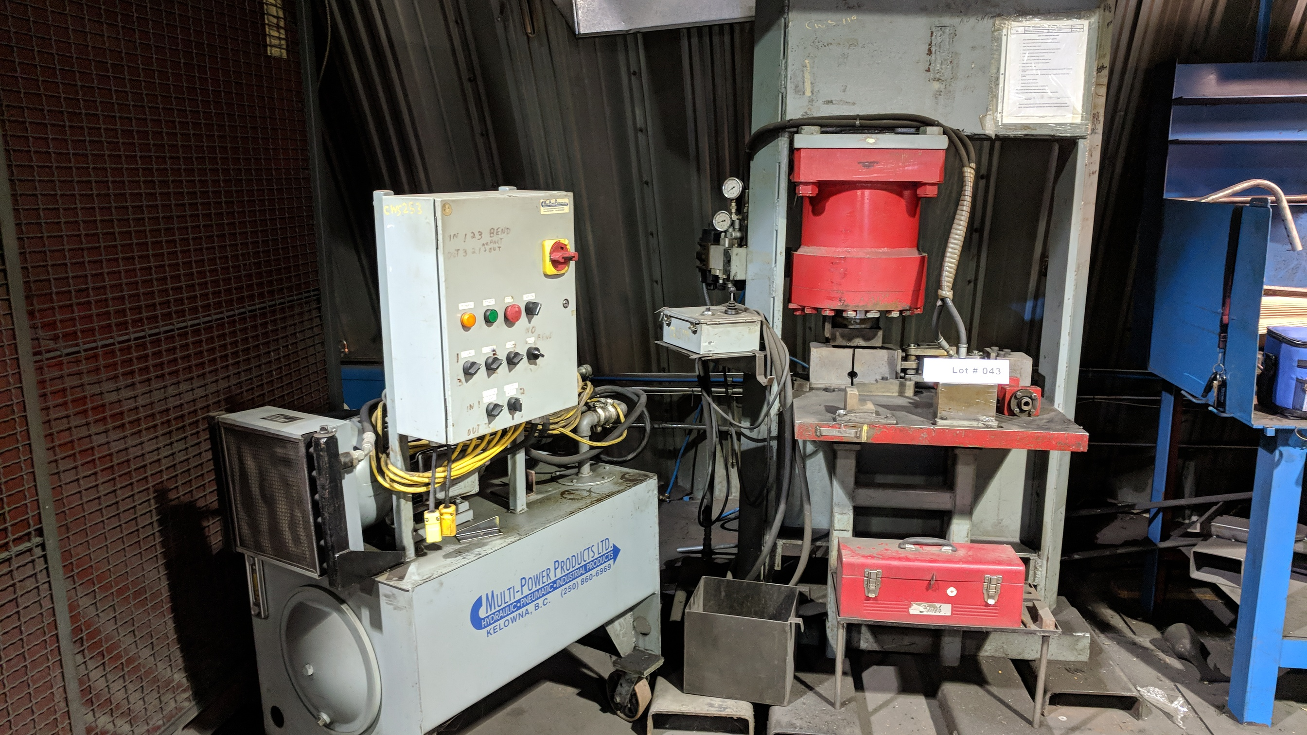 CROWN HEAVY DUTY HYDRAULIC SHOP PRESS WITH MULTI POWER PRODUCTS POWER PACK, S/N N/A (CI)